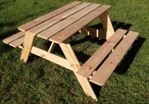 Детский стол для пикника